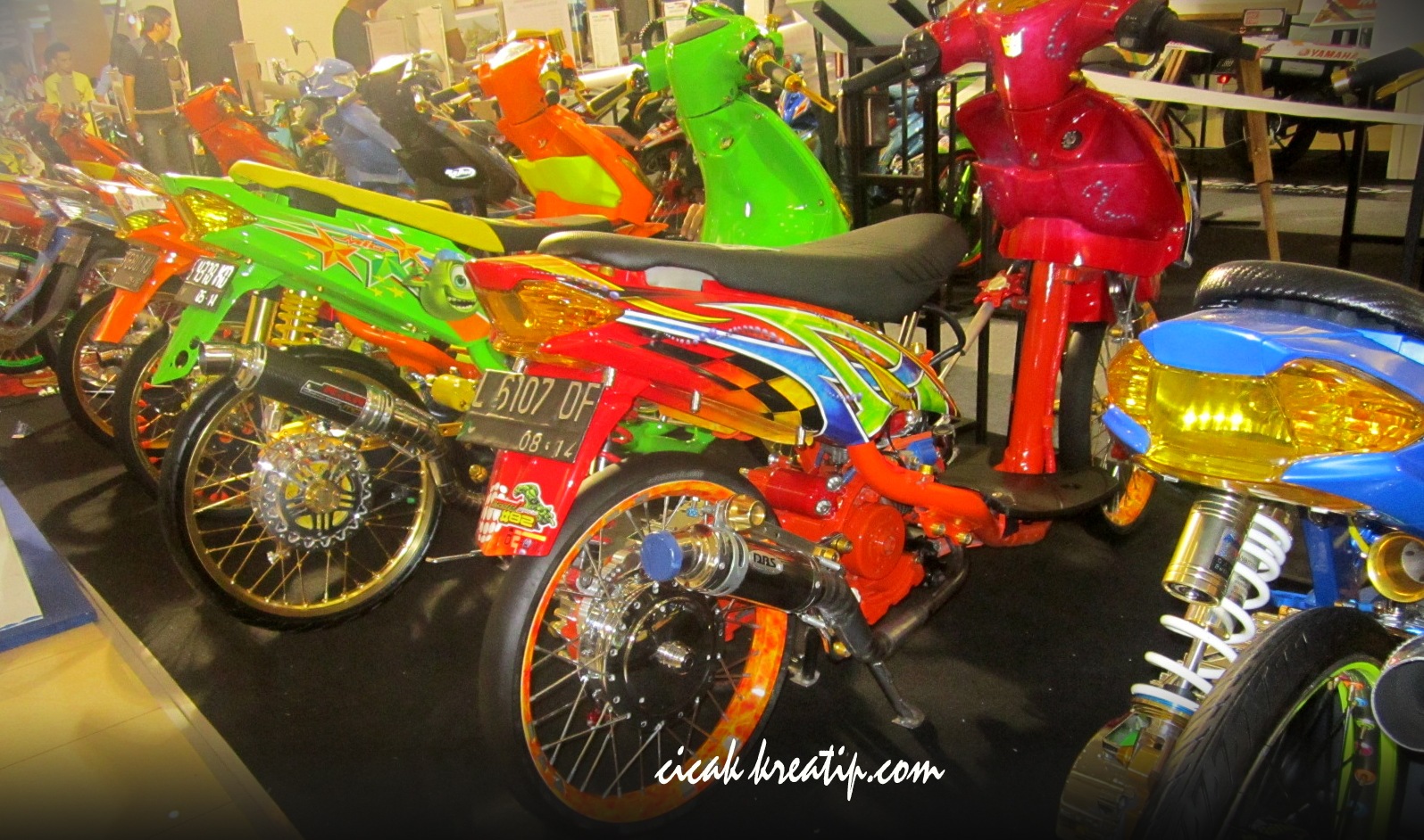 Kontes Modifikasi Motor Yamaha Mobiliobaru