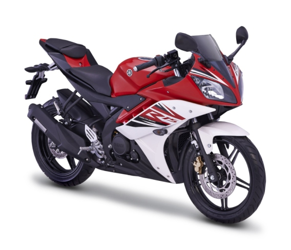 07_yzf-r15_red_3