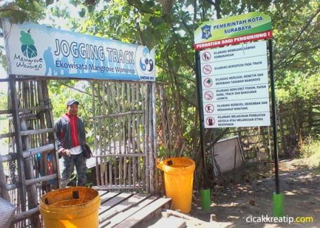 wisata-hutan-mangrove-di-surabaya-ok-juga-untuk-dikunjungi-murah-tapi-bagus-d