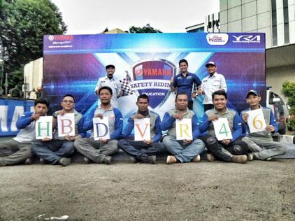 Tim Yamaha Safety Riding mengucapkan selamat ultah VR 46 (4)