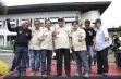 Wakil Gubernur Provinsi Jawa Barat Deddy Mizwar - Koordinator Nasional IMO Achobule (ujung kiri) dan Ketua Bandung Nmax Community Devianto Wahjoe (sebelah kiri wagub)